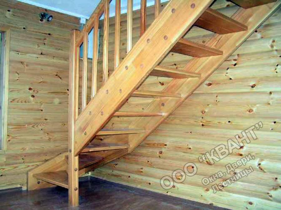 фото лестниц из дерева на дачах